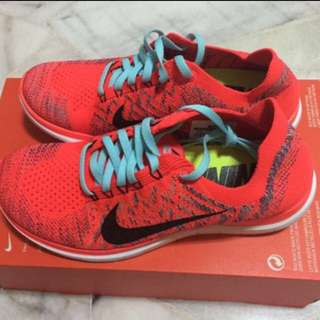 Nike WMNS Free 4.0 Flyknit Running Shoes (Size US7.5)