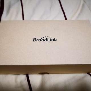 Broadlink TC2 Smart Light Switch 3-Gang