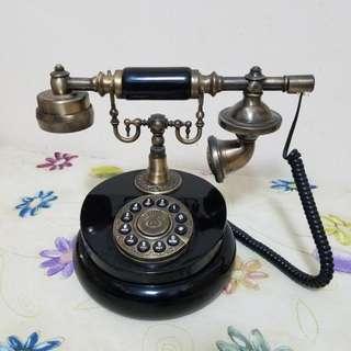 懷舊形格電話