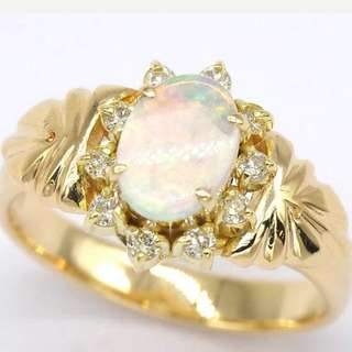 18k Opal & Diamond Ring