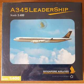 Singapore Airlines A345 Model Plane