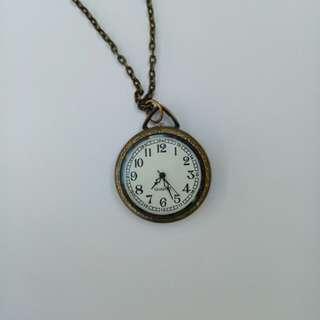 Long necklace, clock pendant