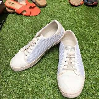 White Shoes Sepatu Putih Casual