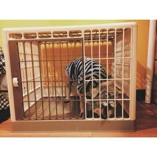 米白色狗籠