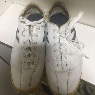 Pre-Loved Authentic Tretorn