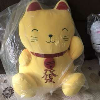 Soft toy brand new big fortune cat plushie hello kitty plushie with blanket