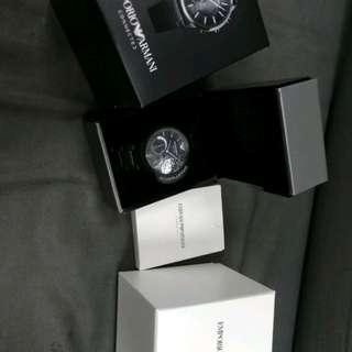 Armani 數碼全新錶