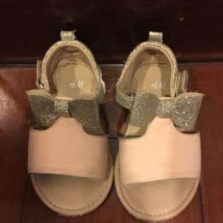 H & M sandals for kids