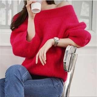 正紅❤️2ways 可ㄧ字領露肩露肩設計款七分袖馬海毛衣