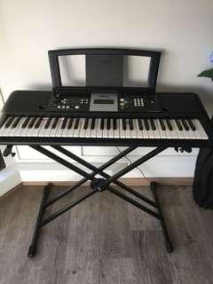Yamaha Keyboard PSR-E223 with X-stand