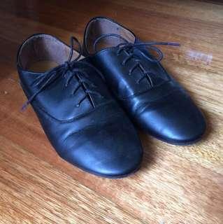 🌷Rubi shoes lace ups