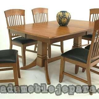 Meja makan minimalis 010