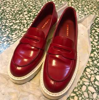 PRADA red leather loafer size38 shoes