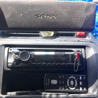 SONY XPLOD WITH REMOTE
