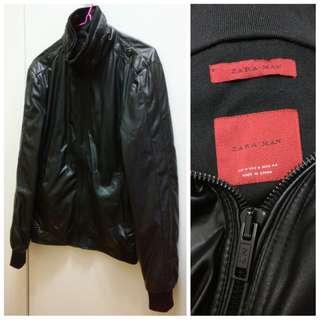 Zara man jacket (glossy material in black)