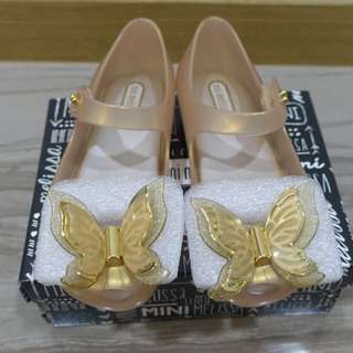 BNIB: US10 Mini Melissa Ultragirl Fly Pearlized Beige