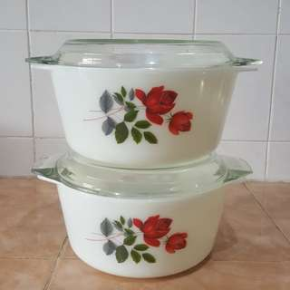 Pyrex June Rose casserole bowl 2