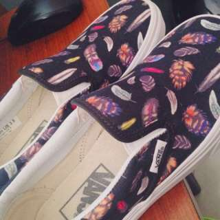 Vans slip on feather