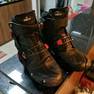 Sidi short riding boot