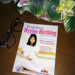 """Buku """"Keajaiban HypnoBirthing"""" oleh Lanny K"""