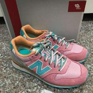 New Balance 996 shoes