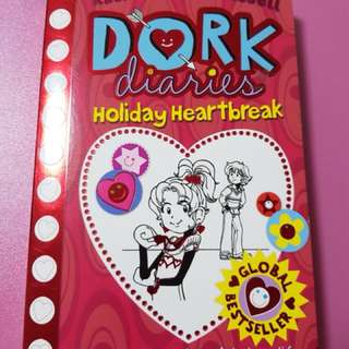 Dork Diaries ( Holiday Heartbreak )