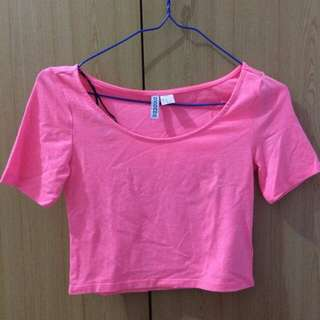 H&M pink cropped top