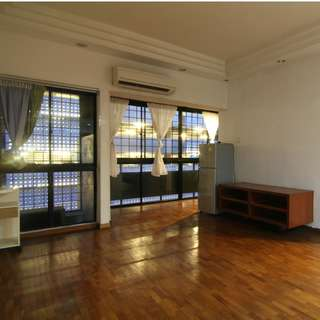 Next to Orchard MRT 1 BR