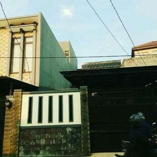 Disewakan Rumah di Cipete samping rumah Andika Pratma