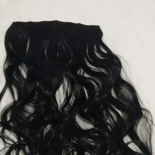 Hairclip hitam curly