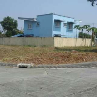 For Sale P2,042,500 Metrogate Angeles 215sqm corner lot P9500/sqm