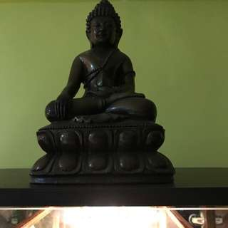 LP Pae Phra Kring yr25** ht6-7'' by 4-5''width