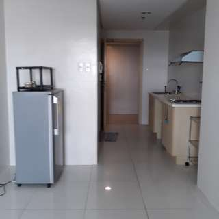 2 Torre Lorenzo studio for rent Manila condo