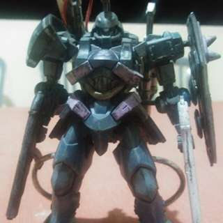 Selling custom made gunpla!