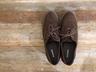 Graceland Oxford Shoes