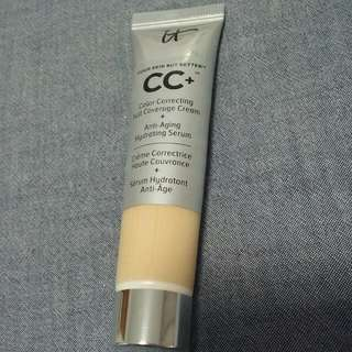 IT COSMETICS Your Skin But Better CC+ Deluxe Size