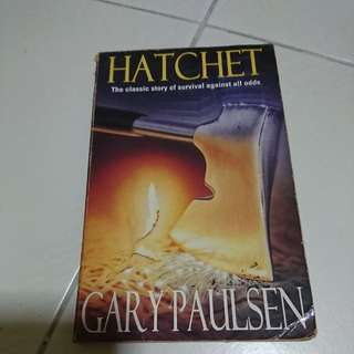 HATCHET - GARY PAULSEN (fiction book)