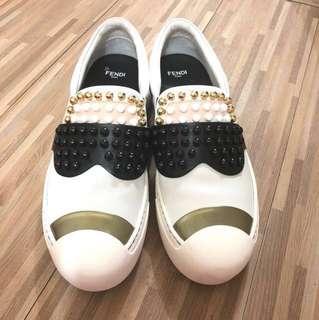 Fendi Women's Sneaker (size37.5)