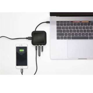 PowerUp : MacBook USB-C Charger And USB Hub