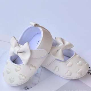 [BNIB] Baby Pre walker soft shoes