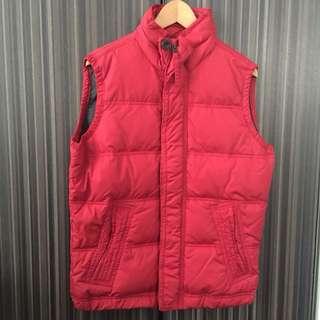 A & F 男裝紅色羽絨背心 Size : M 99%新