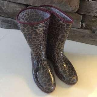 Fashion / Rain / Winter Boots