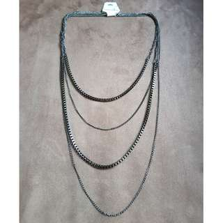 MULTIPLE CHAIN COSTUME JEWELLERY , FASHION ACCESSARY, NECKLACE, CHAIN