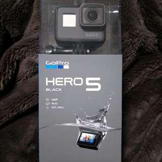 GoPro Hero 5 Black (New unbox)