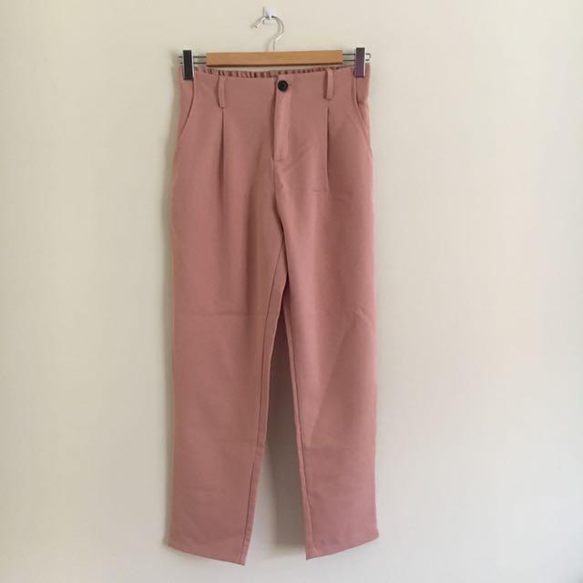 粉色西裝褲