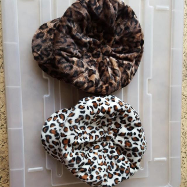 全新 豹紋造型帽  2頂 30元