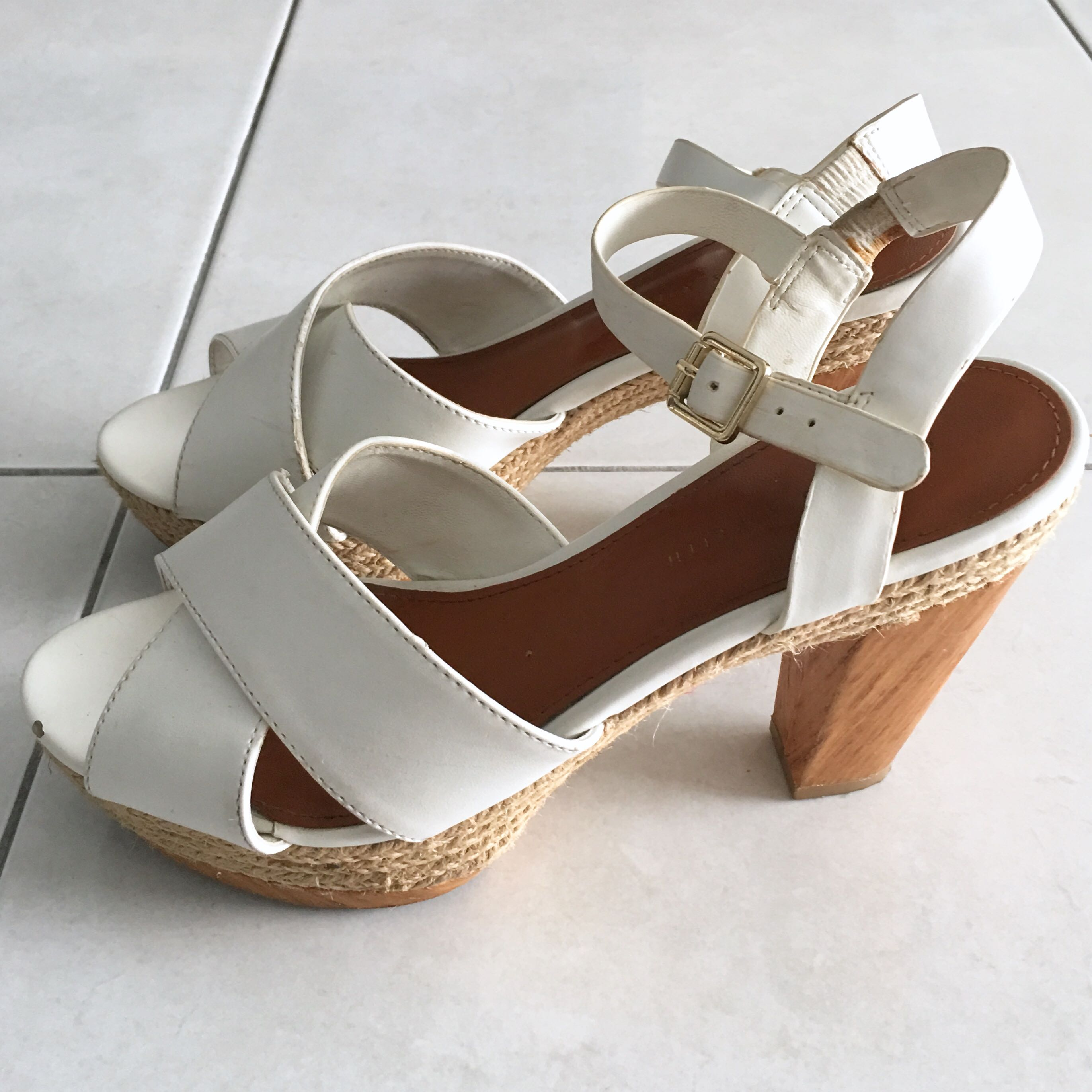 💯 Charles & Keith White Strap Heels