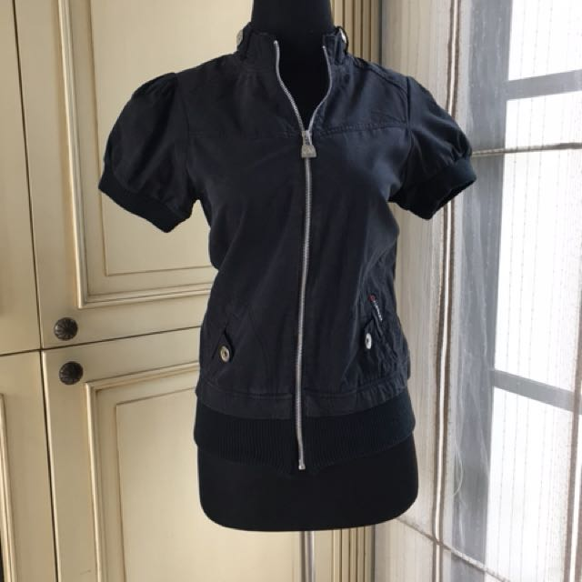 Black jacket short sleeve