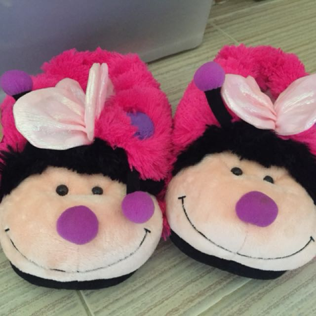 Butterfly room comfy slippers