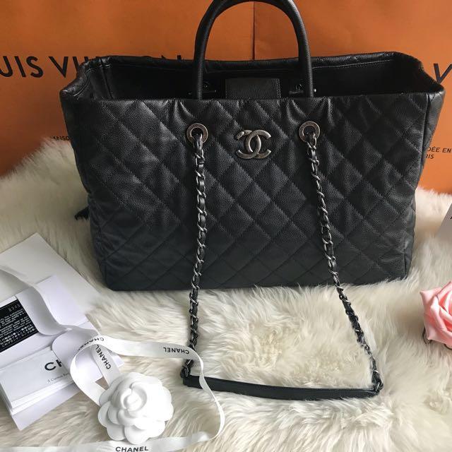 Chanel 新款handlebag 荔枝黑色復古銀鍊